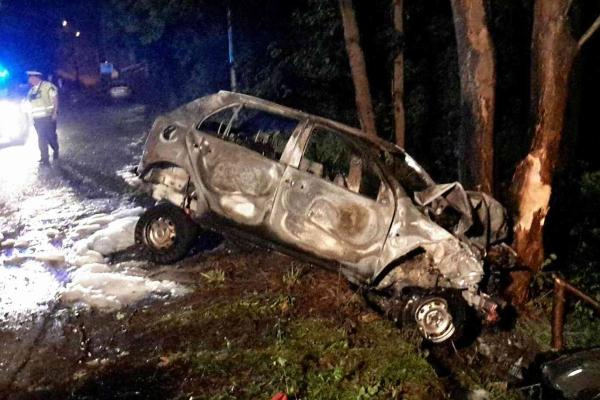 Nehoda Luby - požár auta