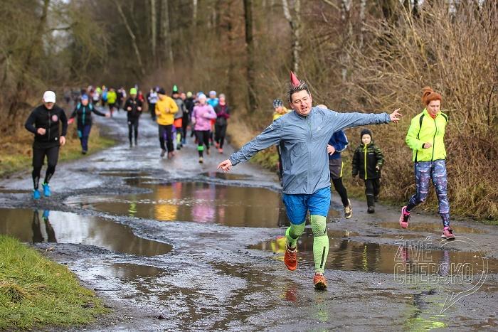 Na start Silvestrovského běhu se postavily více než čtyři stovky sportovců