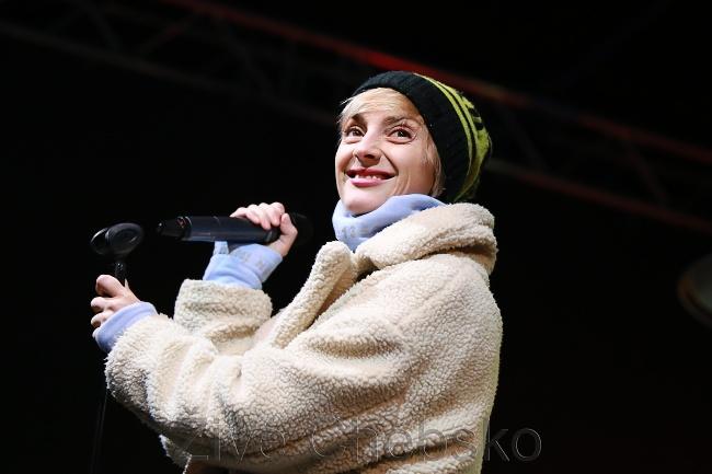 Barbora Poláková zahájila Mariánskolázeňský vánoční trh