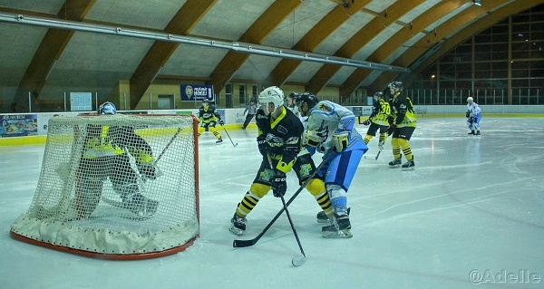 Cheb hokej Adél 1