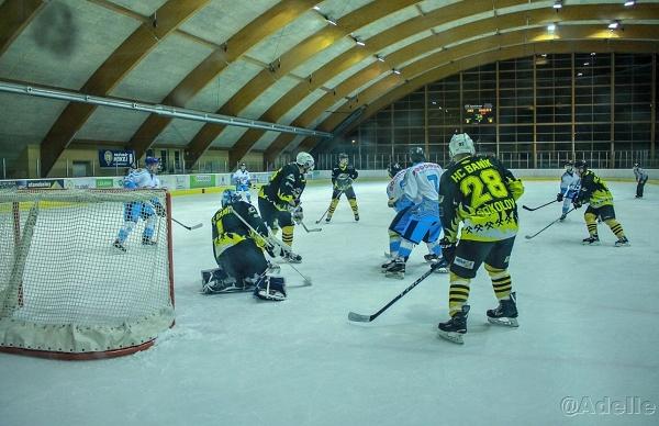 Cheb hokej Adél 2