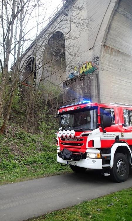 hasiči most 1