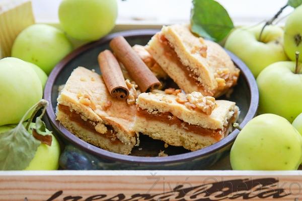koláč z letních jablek