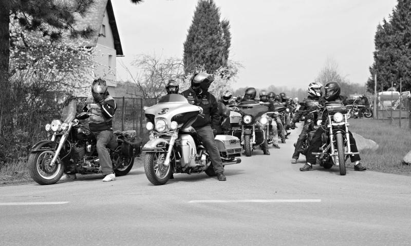 motorkáři duben 1