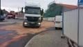 Únik nafty z nákladního auta