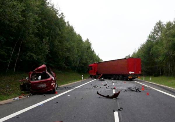 Nehoda Pomezí kamion červen