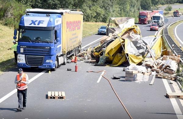 nehody 30. července 3