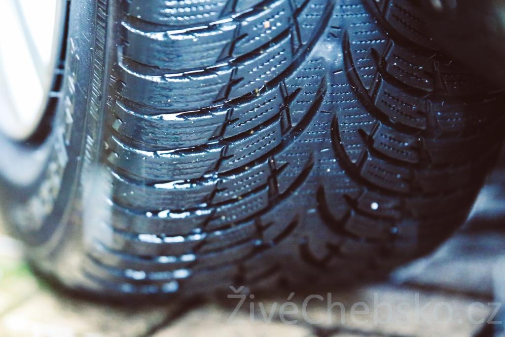 pneumatika malá na web