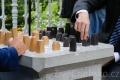 V Mariánských Lázních si lidé zahrají šachy i v parku