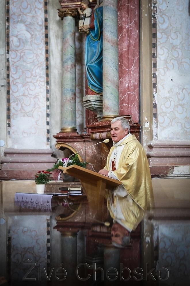 Ve Skalné požehnali opravenému kostelu