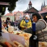 Video-Vánoční-trhy-v-Chebu-jsou-zahájené