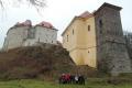 astníci pod hradem-zámkem v Libé foto Jiří Pošmura