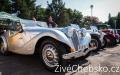 Nablýskaná krása historických vozidel ozdobila Mariánské Lázně