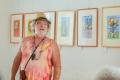 V muzeu vytavuje Honza Volf, který neumí hrát golf